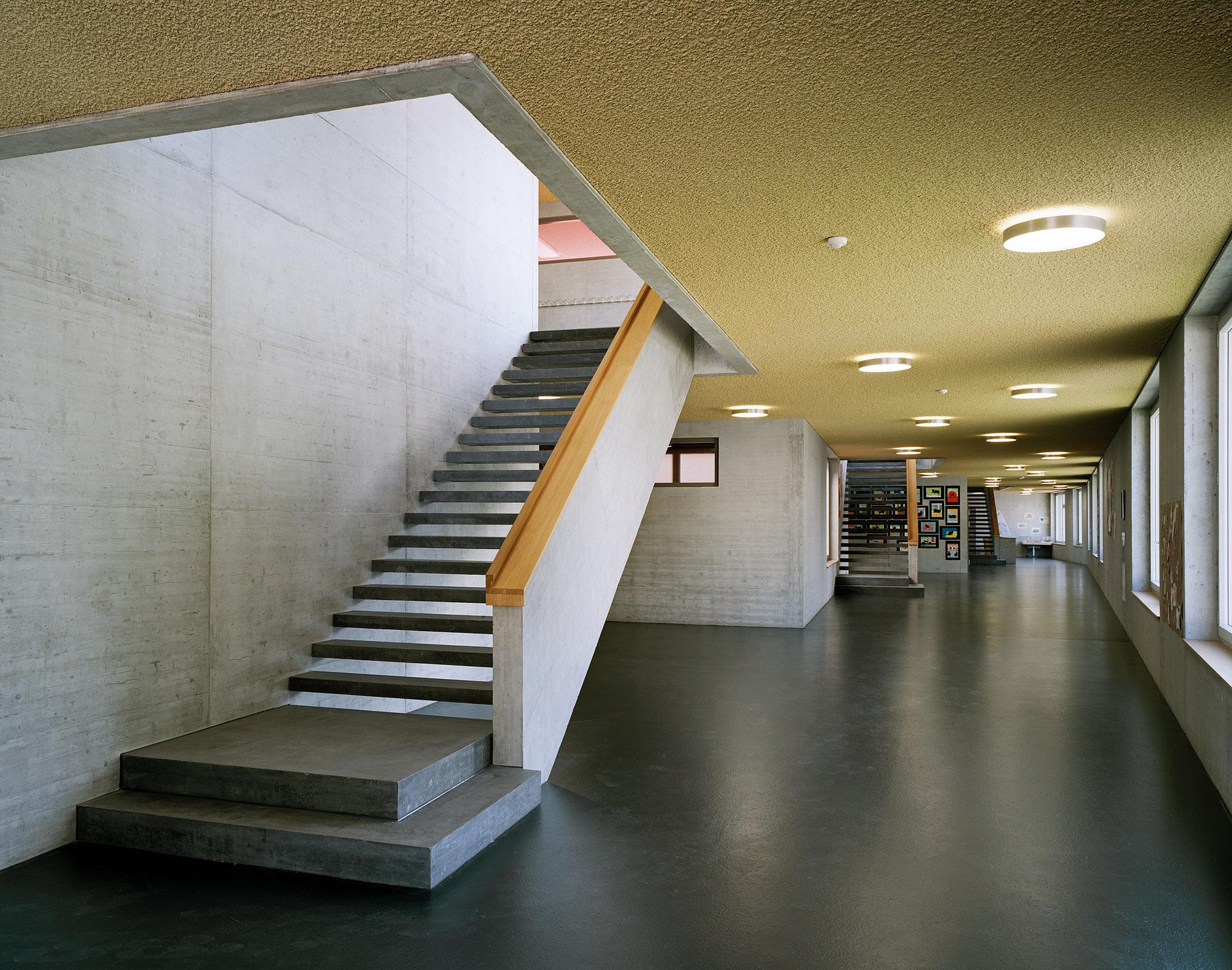 044Schulhaus Obermeilen